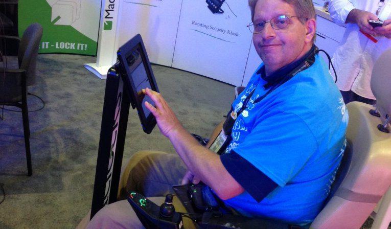 Maclocks BrandMe iPad Kiosk iPad floor stand ADA Compliant